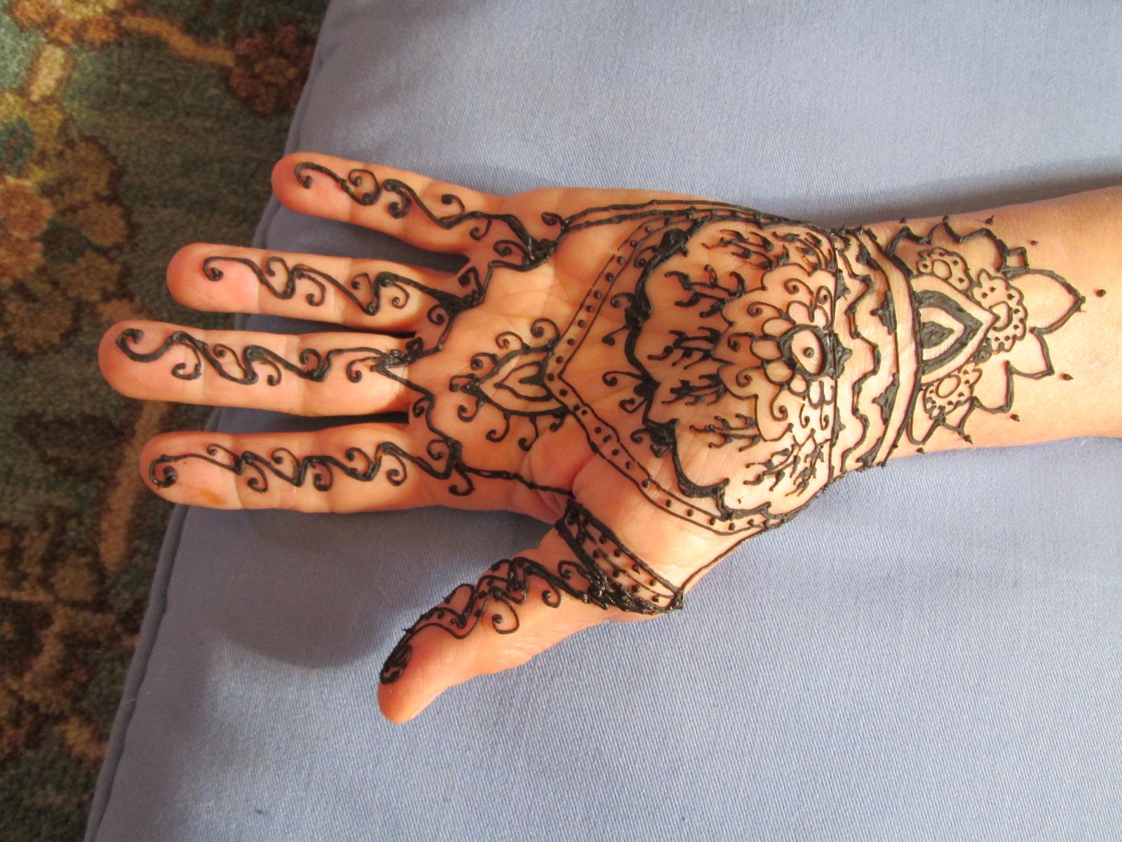 Henna Cultivating Nourishment